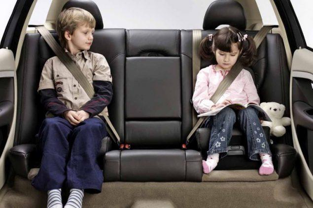 как правильно перевозить детей