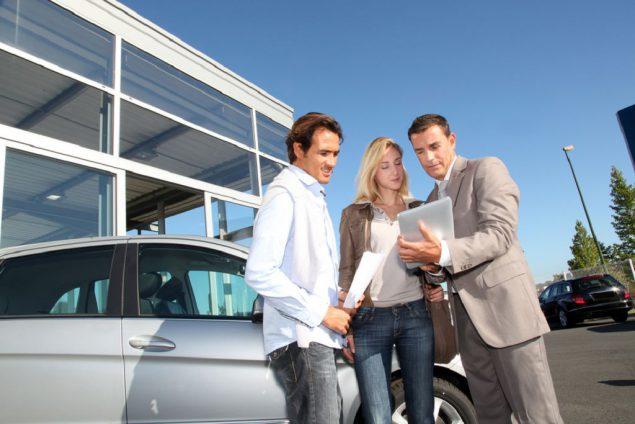 Тонкости покупки машины с рук